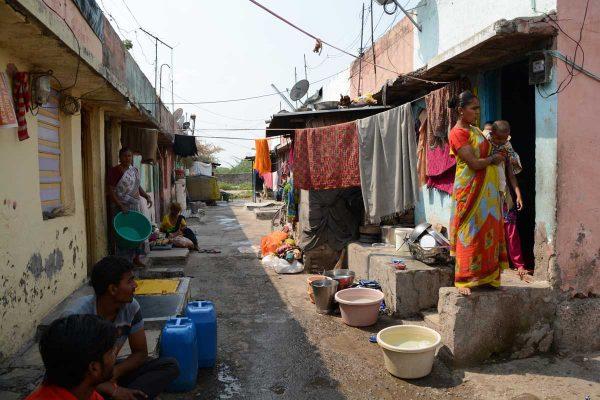 A glimpse of the community life at Sanjaynagar slum