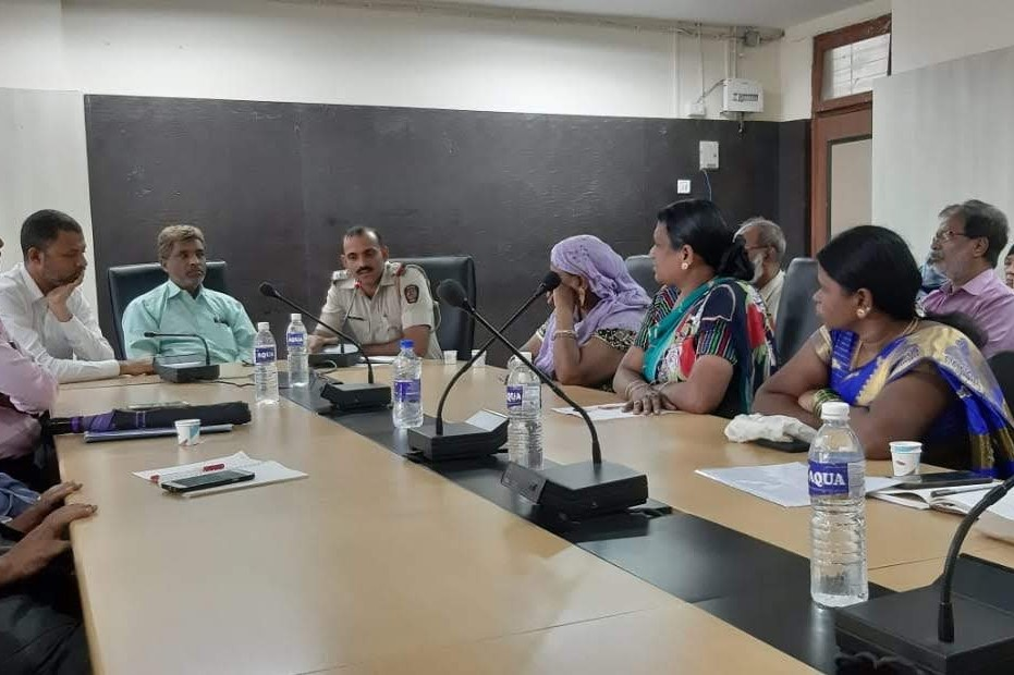 Residents of Natwar Parekh in a meeting with local authorities